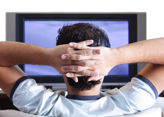 Los anuncios televisivos siguen generando más compromiso