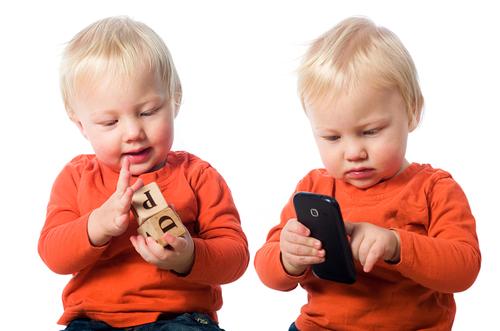 Los niños hacen de la tecnología móvil su nuevo juguete