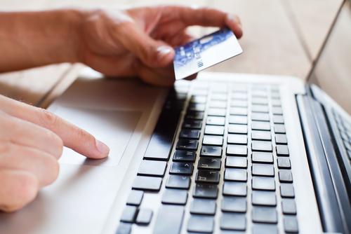 Más del 60% de usuarios de Internet pagaría por la entrega de productos en el mismo día